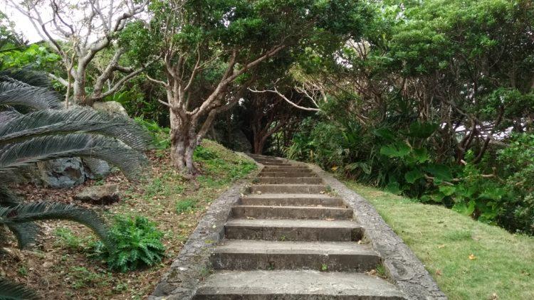 玉取崎展望台の階段