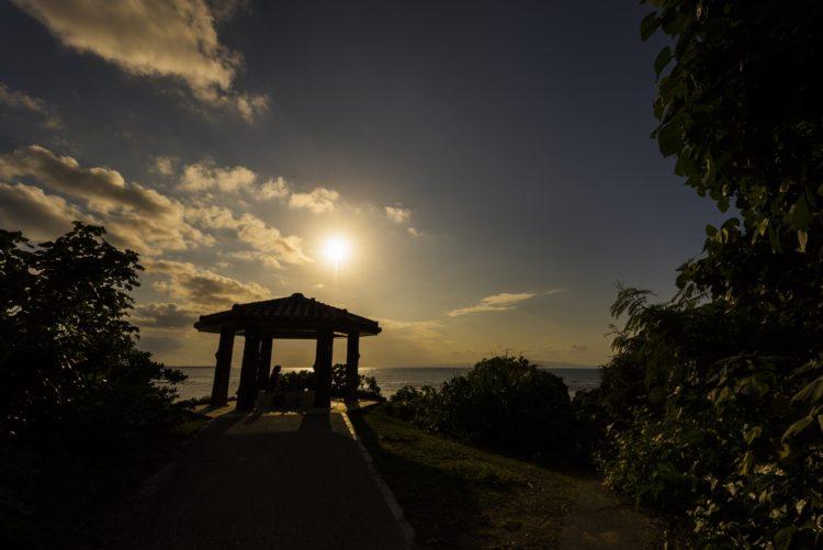 琉球観音埼灯台の吾妻屋