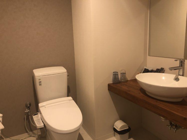 お手洗いとトイレ
