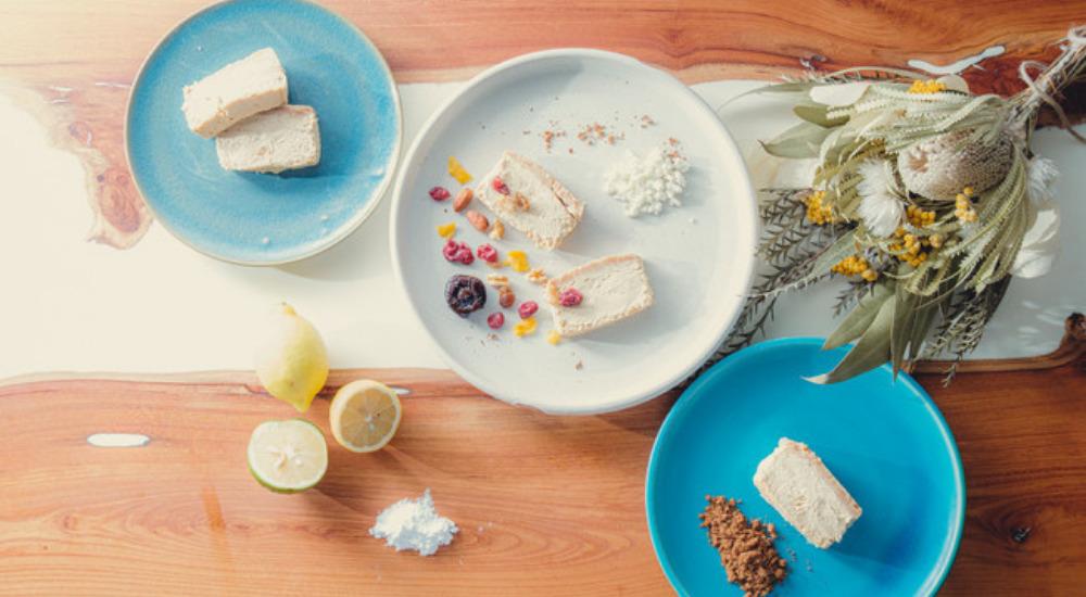 大人のとろけるほろ苦チーズケーキと石垣島の食材たち
